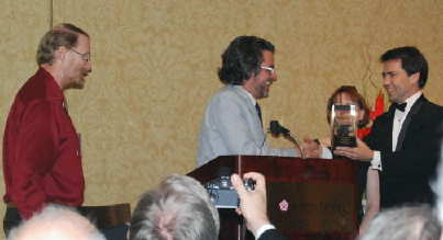 Michael Chabon receiving Nebula